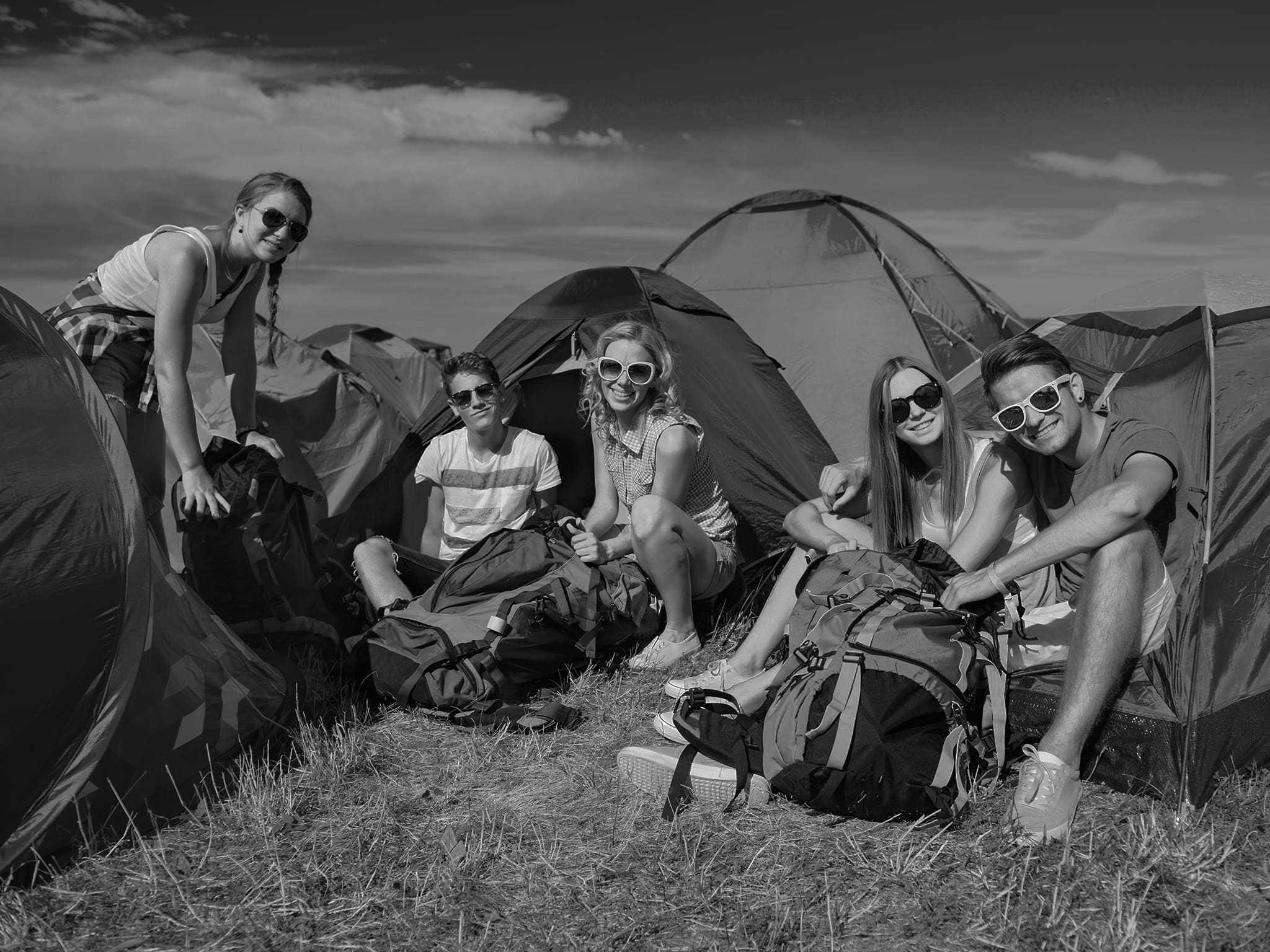 Campers_with_tents